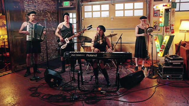 Art Zone: The Love Markets perform 'Beauty Factory'