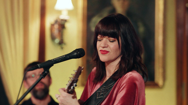 Art Zone: Shelby Earl performs 'James'