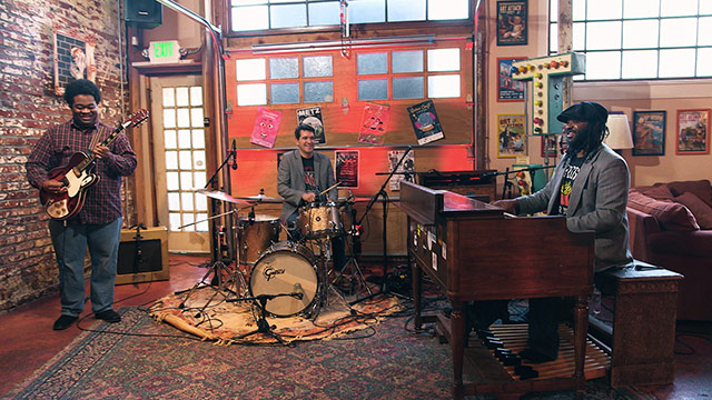 "Art Zone: Delvon Lamarr Organ Trio Performs ""Close But No Cigar"""