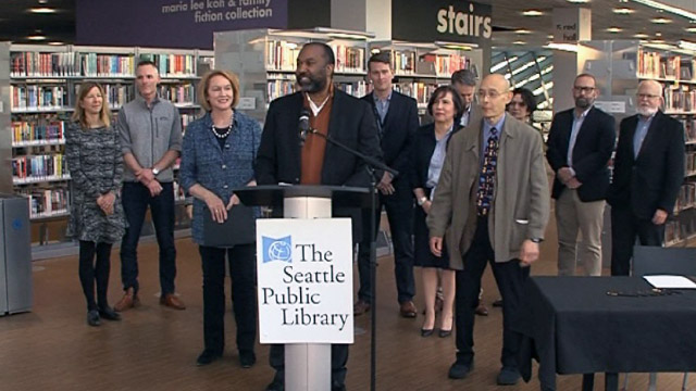 Mayor Jenny Durkan signs Libraries for All Plan